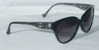 Anna Sui Sunglasses AS 875 009 Black Lace